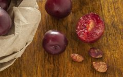 Os 10 Benefícios do Caroço da Ameixa Para Saúde