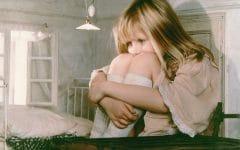 Os 4 Sintomas da Síndrome de Alice no País das Maravilhas!