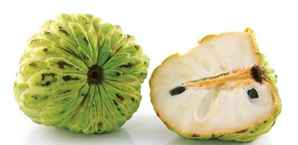 Benefícios da Vitamina de Pinha