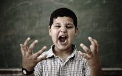 Síndrome da Mão Estranha – O que é, Sintomas e Causas