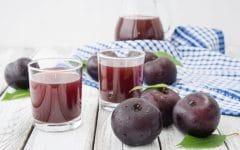 Os 12 Benefícios do Suco de Ameixa Para Saúde