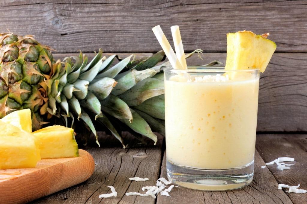 suco de abacaxi-abacaxi