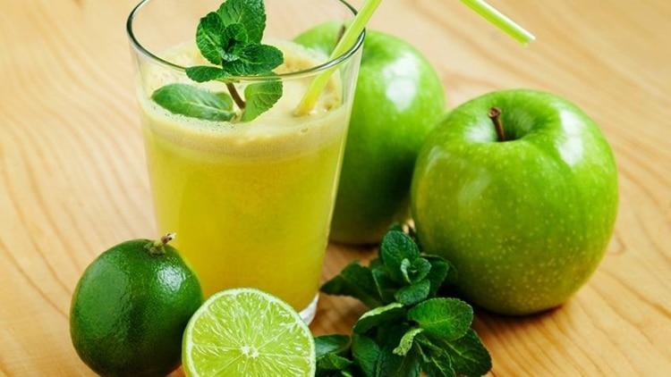 suco de maça e limão