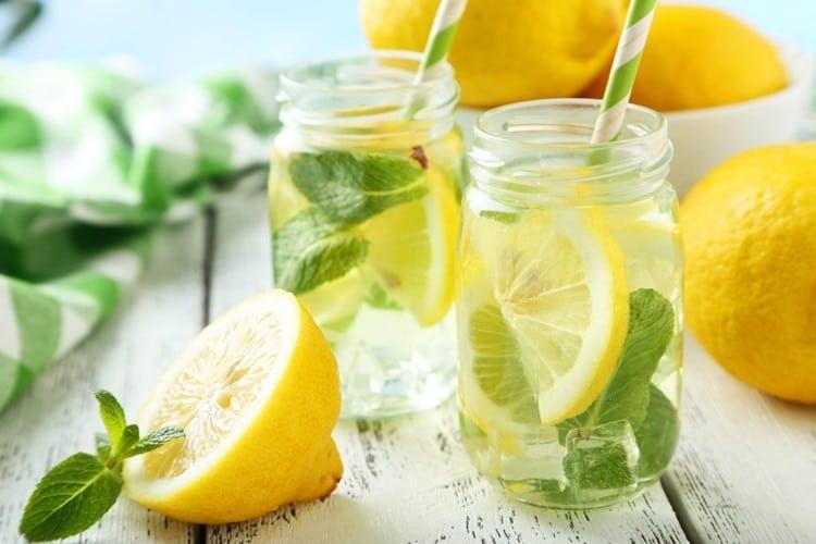 Benefícios da Água de Limão