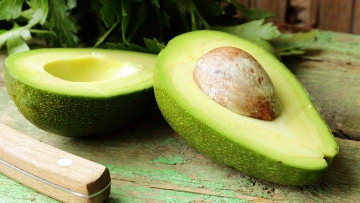 razoes para comer caroço de abacate