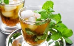 Os 5 Benefícios do Chá Gelado Sem Açúcar Para Saúde!