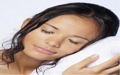 Veja Porque Nunca Pode Dormir com o Cabelo Molhado!
